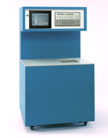 Model 4500 Automated Low Humidity Generator